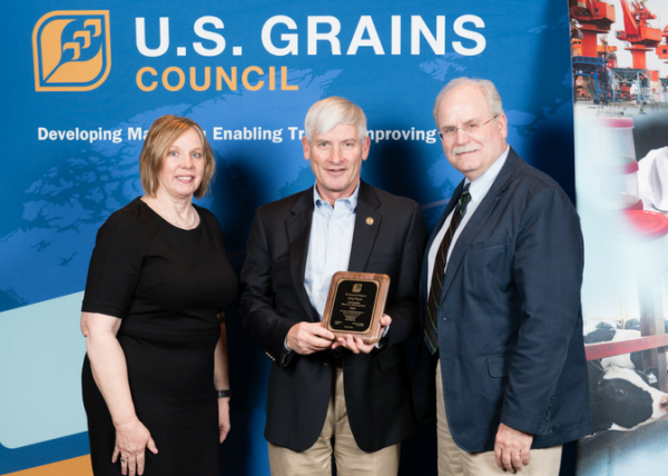 Paul Jeschke recognized by the US Grains Council